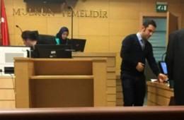 Erstmals türkische Richterin mit Kopftuch