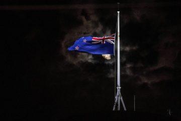 Terror in Neuseeland: Tiefe Betroffenheit und harte Kritik